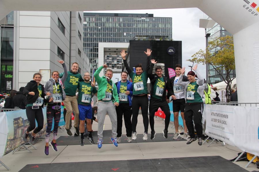 CAD-Agentur Lehmann beim Benefizlauf Run of Colours in Köln 2018